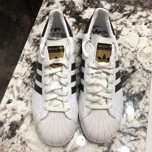 NWOT Men's Adidas Superstars!